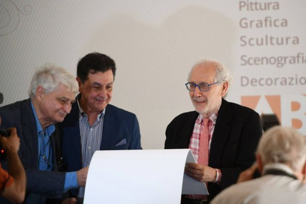 Fernando De Filippi, Andrea Rollo e Emilio Isgrò durante il conferimento della laurea honoris causa, Accademia di Belle Arti di Lecce, 2018. Photo Stefano Cacciatore