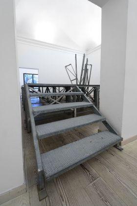 Giovanni Termini, Limite in sicurezza, 2018, installazione site specific. Courtesy Otto Gallery, Bologna, photo Michele Alberto Sereni
