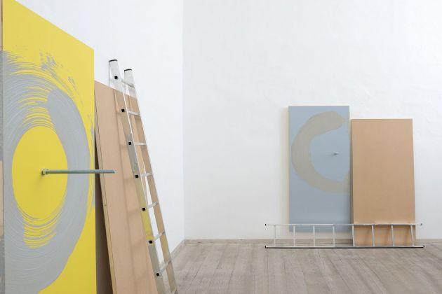 Giovanni Termini, Rasenta una distanza, #1 e #2, 2018. Courtesy Otto Gallery, Bologna, photo Michele Alberto Sereni