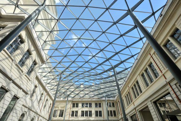 Grand Hôtel Dieu, crédit Vincent Ramet_Cour du Midi vue intérieure