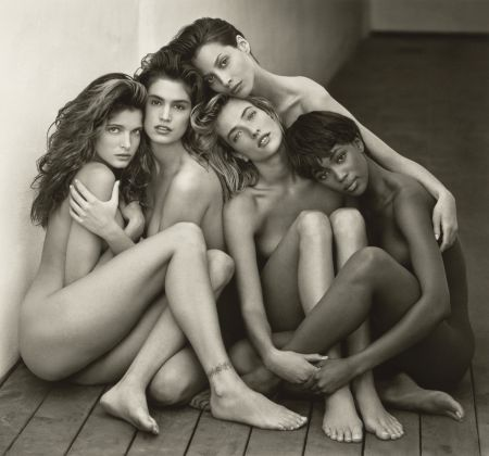 Herb-Ritts-Stephanie-Cindy-Christy-Tatjana-Naomi-Hollywood-1989-Copyright-©-Herb-Ritts-Foundation-Object-Credit-The-J.-Paul-Getty-Museum-Los-Angeles-Gift-of-Herb-Ritts-Foundation