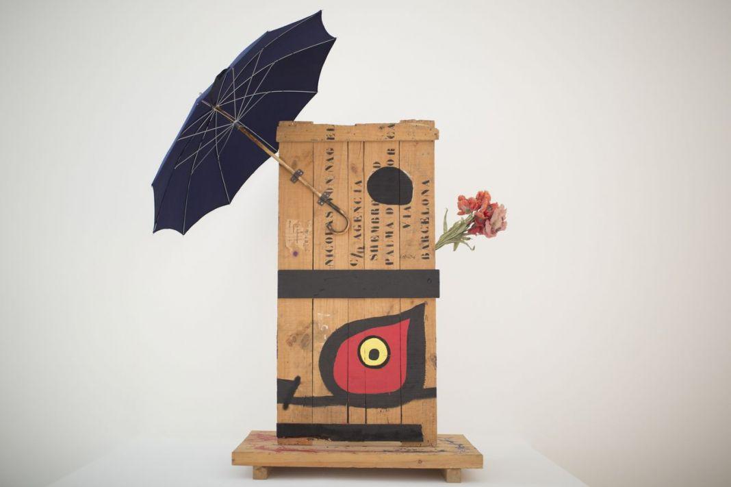 Joan Miró, L'oeil attire les diamants. Exhibition view at Centro Botin, Santander. Photo Belén de Benito