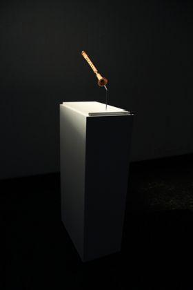 Luca Vitone, Piffero delle Quattro province, 2010, ceramics 42,5 x 7 cm, edition of 3, courtesy the artist and pinksummer