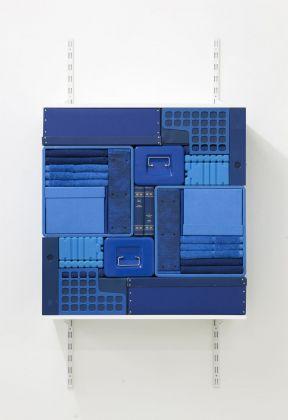 Michael Johansson, Flip Shelf (blue), 2018. Courtesy The Flat – Massimo Carasi, Milano. Photo credit Michael Johansson