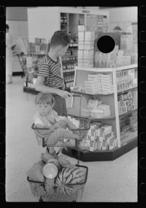 Marion Post Wolcott Untitled photo, possibly related to: Cooperative store at Greenbelt, Maryland September 1938 Digital print from scanned 35mm b&w negative Library of Congress, Prints & Photographs Division, FSA/OWI Collection,