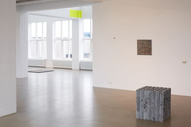 Ragna Róbertsdóttir. Between Mountain and Tide. Installation view at i8 Gallery, Reykjavik 2018. Courtesy of the artist and i8 Gallery, Reykjavik