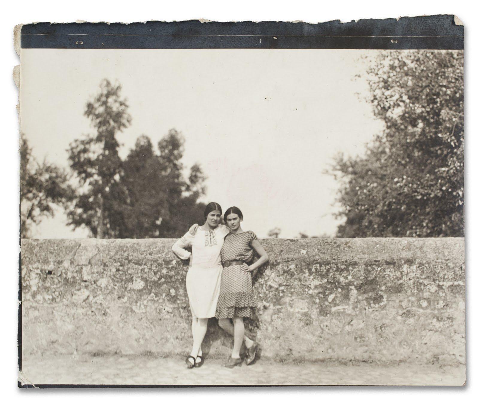 Frida Kahlo e Tina Modotti in un documentario d'epoca