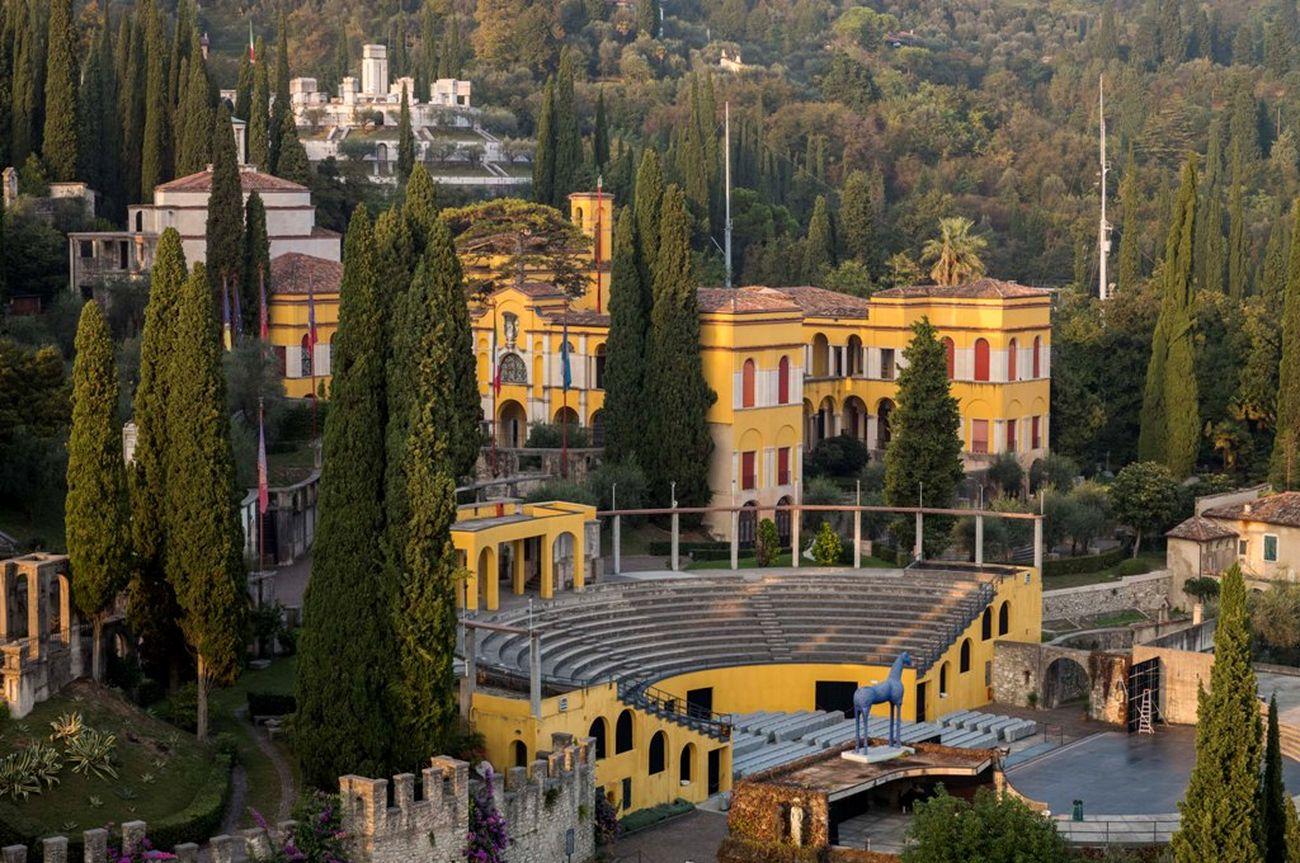 Una veduta panoramica del Vittoriale. Archivio Fondazione Vittoriale degli Italiani