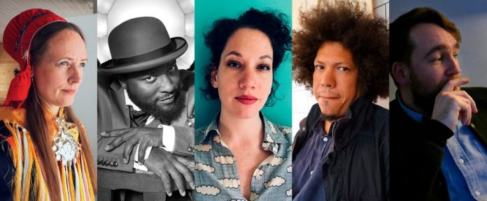 Outi Pieski, Bonaventure Soh Bejeng Ndikung, Giovanna Esposito Yussif, Christopher Wessels e Lorenzo Sandoval del Miracle Workers Collective. Ph. Courtesy Frame
