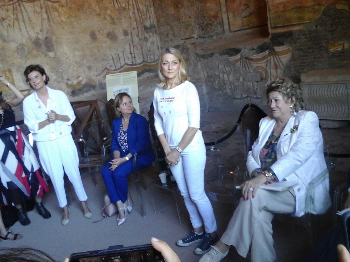 Maria Cristina Finucci, HELP the Ocean, Foro Romano. Conferenza stampa