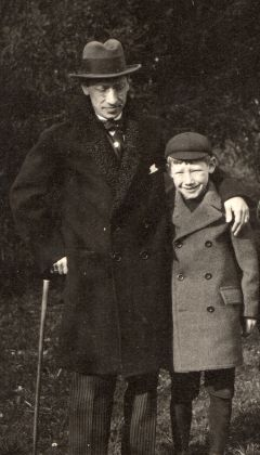 Theodore Strawinsky, Theodore e suo padre