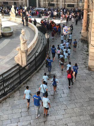 Marinella Senatore, Palermo Procession, immagini della performance svoltasi a Palermo il 16 giugno 2018 in occasione di Manifesta 12