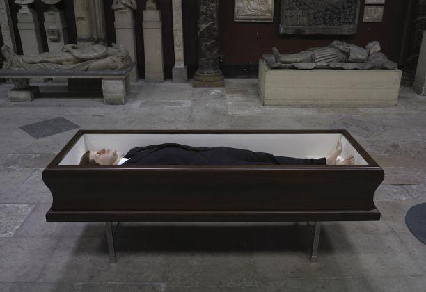 Maurizio Cattelan, Now, 2004
