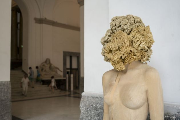 Aron Demetz, The tainted, 2013 (dettaglio). MANN, Napoli. Photo credits Egon Dejori