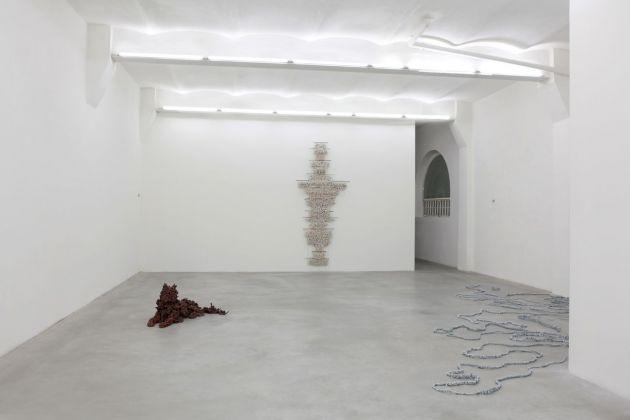Chiara Camoni, La Pazienza è virtù dei Manufatti, 2014, exhibition view, SpazioA, Pistoia