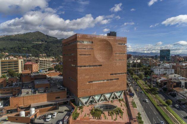 El Equipo Mazzanti, Hospital Universitario de la Fundación Santa Fe, Bogotà, 2016. Photo © Alejandro Arango