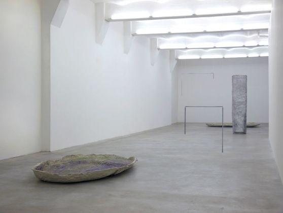 Esther Kläs, Corpo Naturale, 2012, exhibition view, SpazioA, Pistoia