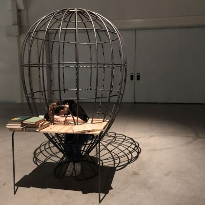 Eva Kot'átková, The Dream Machine is Asleep, exhibition view at Pirelli HangarBicocca, Milano 2018