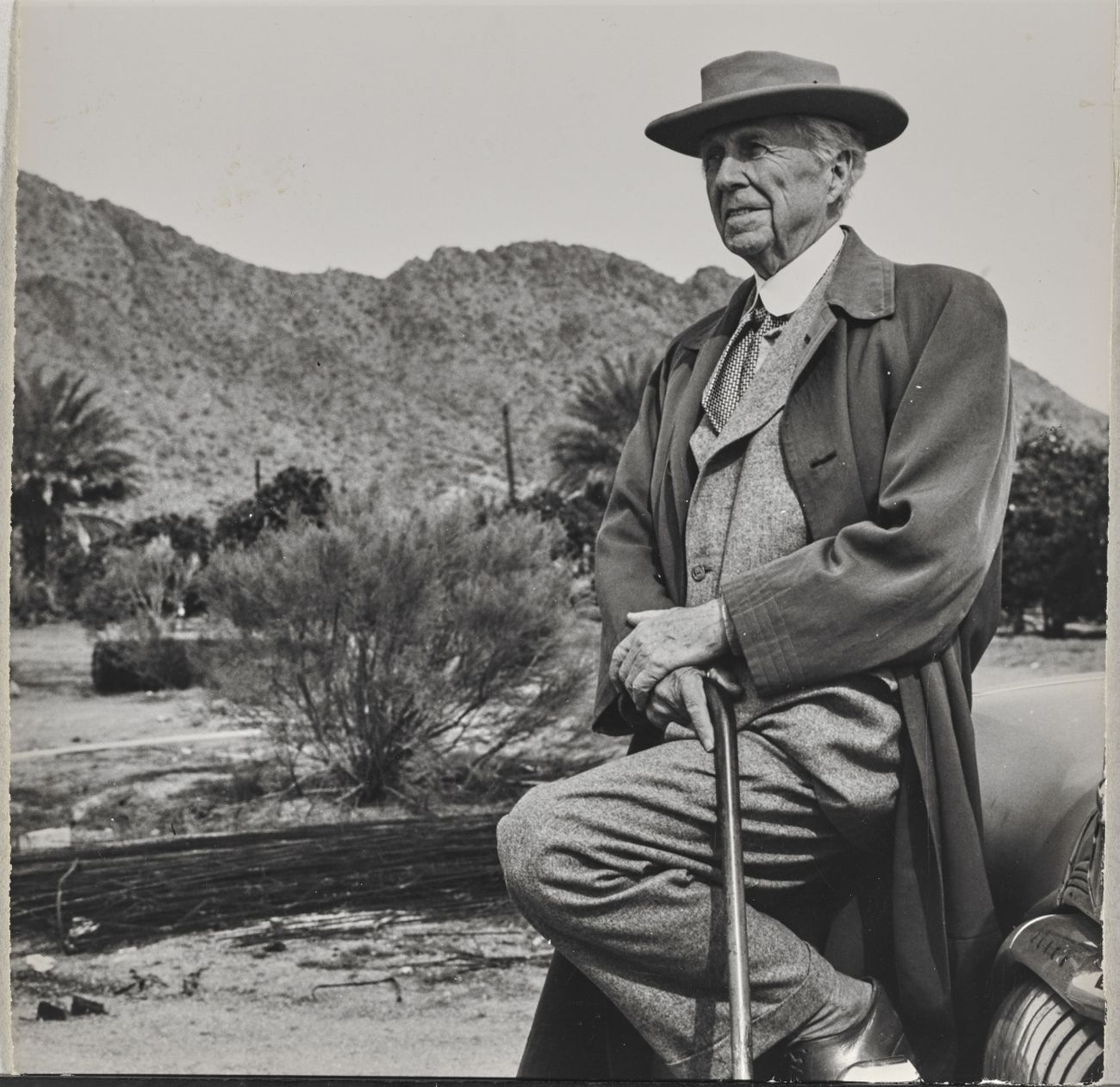 Frank Lloyd Wright at Taliesin West, The Frank Lloyd Wright Foundation Archives (The Museum of Modern Art Avery Architectural & Fine Arts Library, Columbia University, New York)