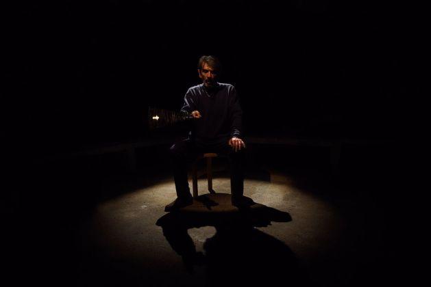 Filippo Berta, A nostra immagine e somiglianza 2, 2018, performance. Courtesy dell'artista