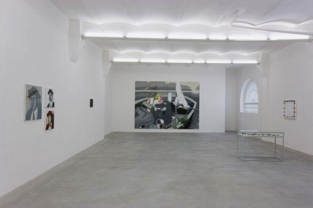 Luca Bertolo, La felicità non fa racconto, 2009, exhibition view, SpazioA, Pistoia