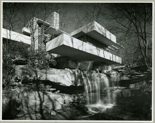 Mr. & Mrs. Edgar J. Kaufmann house (Mill Run, Pennsylvania). Fallingwater The Frank Lloyd Wright Foundation Archives (The Museum of Modern Art Avery Architectural & Fine Arts Library, Columbia University, New York)