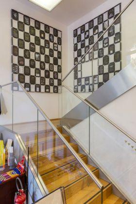 Nicolò Degiorgis, Heimatkunde. Due tappeti di libri. Courtesy l'artista. Installation view at Cor rainiMAMbo artbookshop, Bologna 2018. Photo E&B Photo
