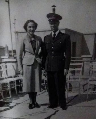 Vite spezzate. Leone Lattes in divisa militare insieme alla moglie prima della promulgazione delle leggi antiebraiche