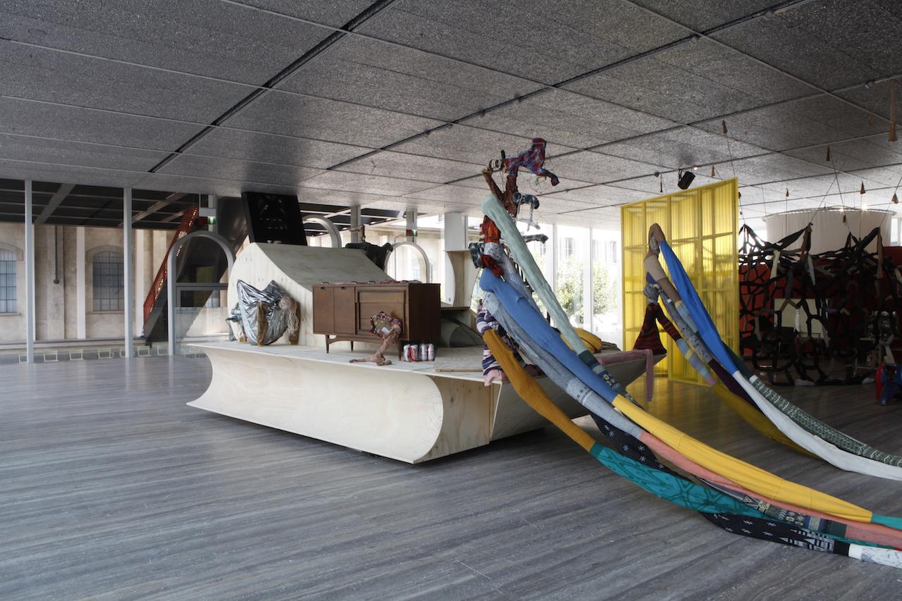 John Bock in mostra alla Fondazione Prada di Milano | Artribune