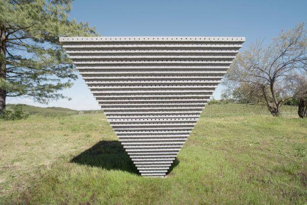 Adrien Missika, Palazzo delle Api, 2018. Fondazione La Raia, Novi Ligure. Photo Anna Positano