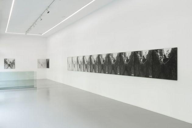 Aldo Tagliaferro, Identificazione di una variabile oggettiva temporale, 1973. Installation view at Osart Gallery, Milano 2018. Photo Max Pescio