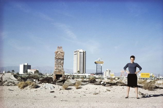 Denise Scott Brown a Las Vegas, 1966 © Robert Venturi