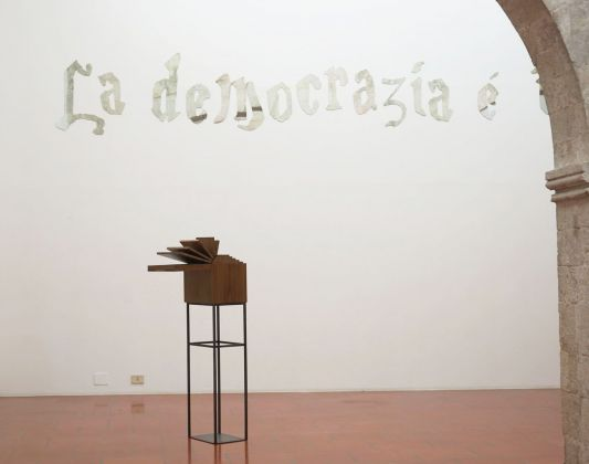 Goldschmied & Chiari. Secret eyes only _ Fumo negli occhi. Opening at Galleria Doppelgänger, Bari 2018. Photo Teresa Imbriani