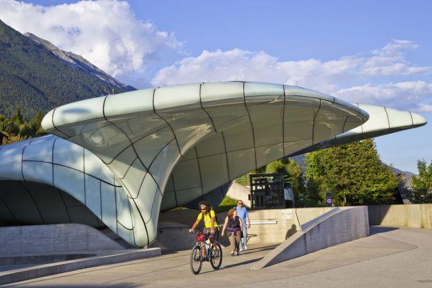 Innsbruck. La stazione Hungerburg della funicolare Nordkette © TVB Innsbruck _ Christof Lackner