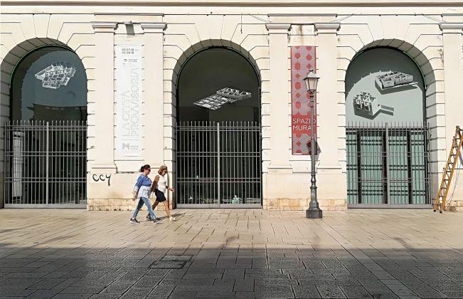 La città provvisoria. Aglaia Konrad, Dakar Cuts. Spazio Murat, Bari 2018