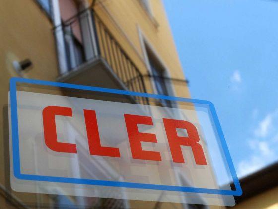 L'insegna dello spazio CLER di Milano