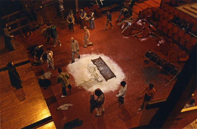 Mario Martone, Edipo re. Teatro Argentina, Roma 2000. Photo Monica Biancardi