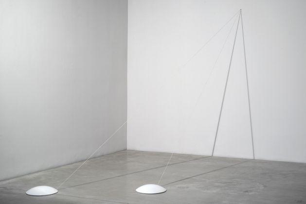 Maurizio Mochetti Calotte Oggetto polimerico 1966, Fiberglass elastico dimensioni variabili calotte PH MICHELE ALBERTO SERENI