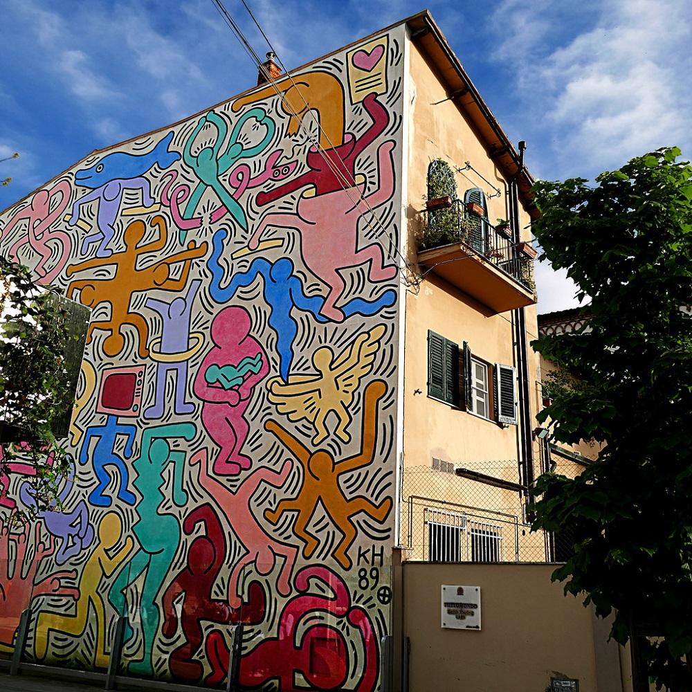 Pisa, l'opera Tuttomondo di Keith Haring sulla chiesa di S.Antonio, a Pisa ph. by Pom' via Flickr