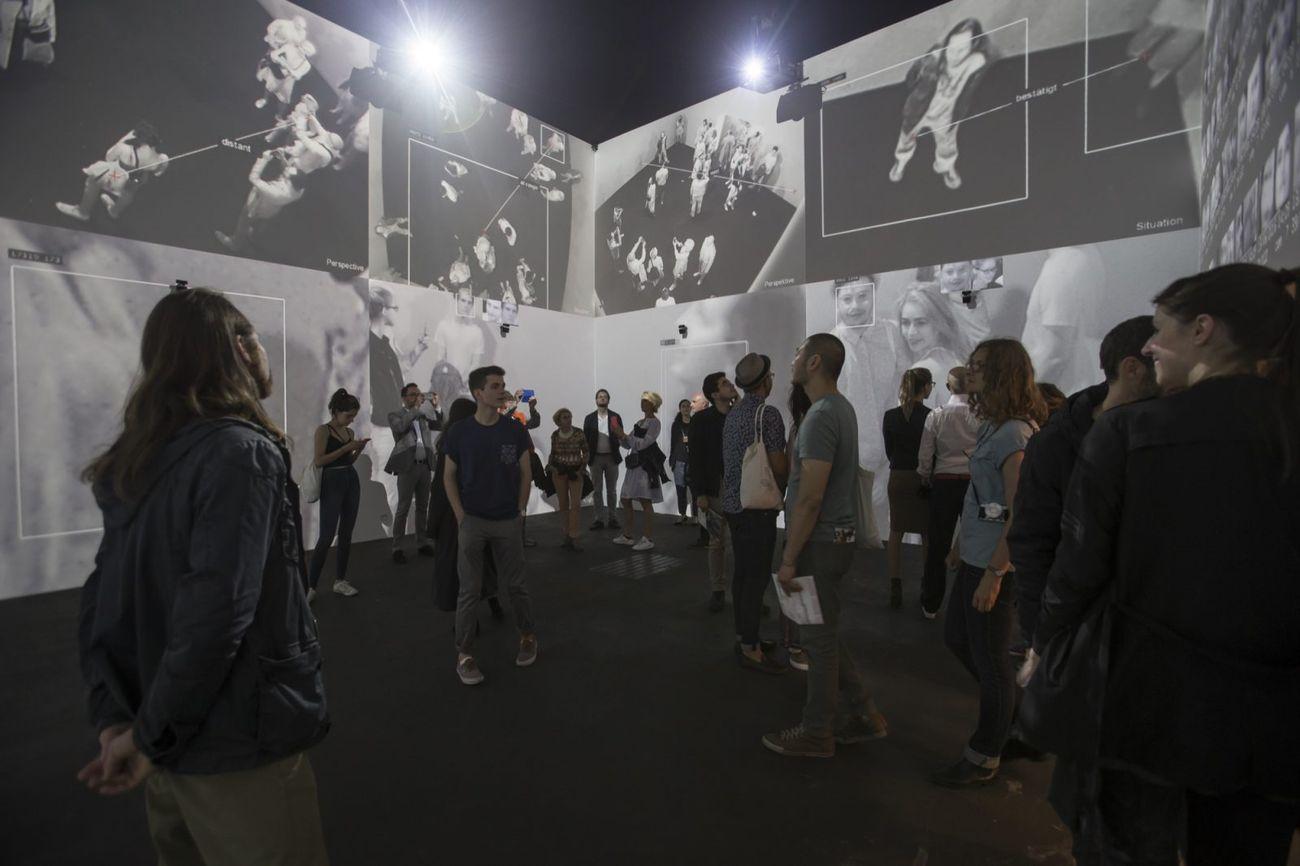Rafael Lozano-Hemmer in collaborazione con Krzysztof Wodiczko, Zoom Pavilion, 2015. Photo Oliver Santana