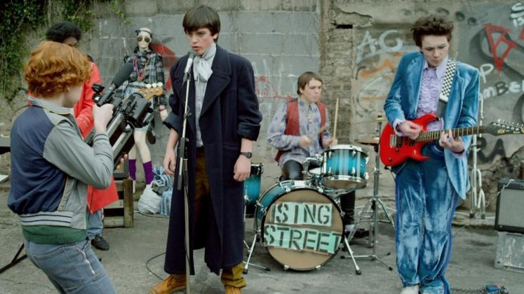 SING STREET di John Carney