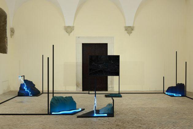 Silvia Mariotti, Tre notturni, exhibition view at Spazio K, Palazzo Ducale, Urbino 2018, photo Michele Alberto Sereni