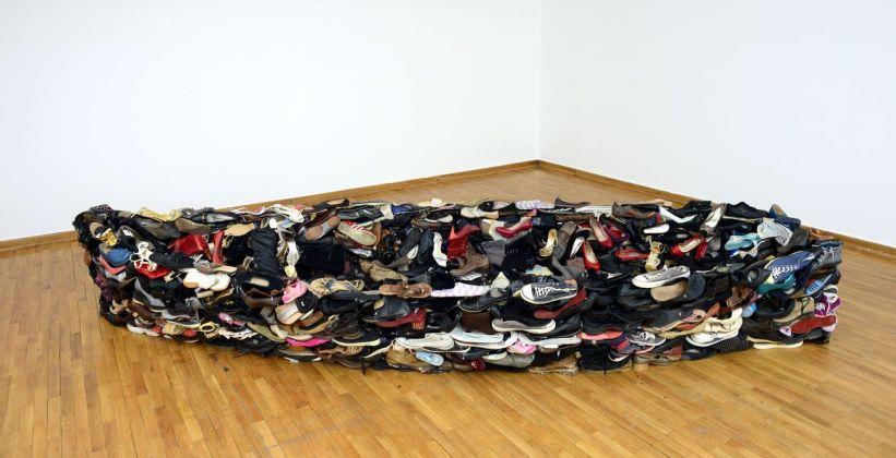 Sislej Xhafa, Barka, 2011. Courtesy Galleria Continua