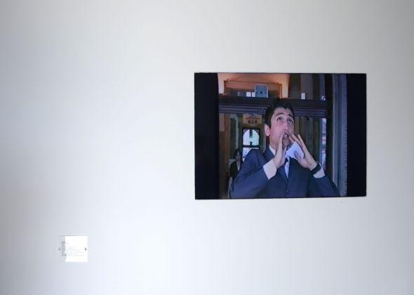 Sislej Xhafa, Stock Exchange, 2001, still da video. Courtesy Galleria Continua