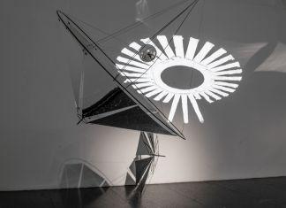 Tomás Saraceno, installation view at Pinksummer, Genova 2018. Photo credit Alice Moschin. Courtesy Pinksummer