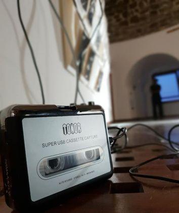 Track di-vento di-pietra, lavoro site specific di Francesca Romana Motzo. Photo Stefano Raccis