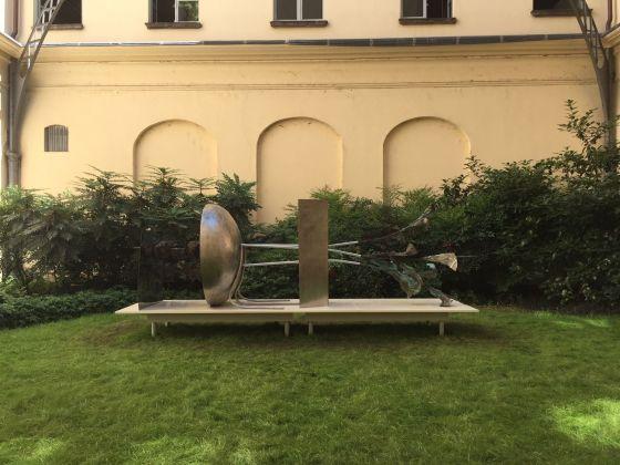 Alik Cavaliere, E sarà sempre di tutti quelli che credono con la loro arte di defraudare la natura, 1967. Palazzo Litta. Photo Nino Cannatà