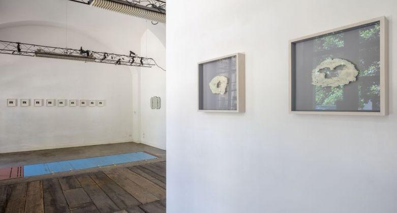 Andi Kacziba. Turning (G)old. Installation view at Raffaella De Chirico Arte Contemporanea, Torino 2018