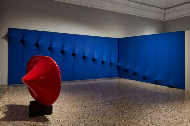 Bonalumi. Installation view at Palazzo Reale, Milano 2018. Courtesy Alto Piano. Photo Agostino Osio