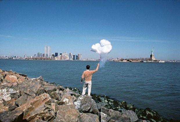 Cao Guo Qiang, The Century with Mushroom Clouds, Manhattan, 1996
